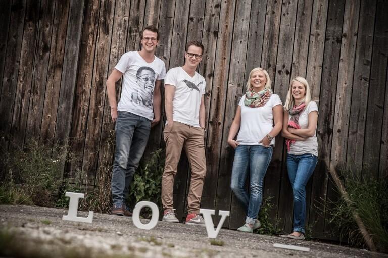 Steffi, Jana, Alex und der Robert 0014